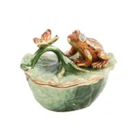 Treasured Trinkets - Frog on Lily